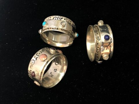 Tripawd Tribute Spinner Ring